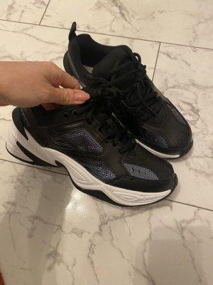 Nike sneaker neu in 39