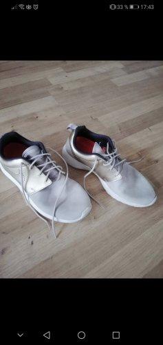 Nike sneaker roshe run limited edition