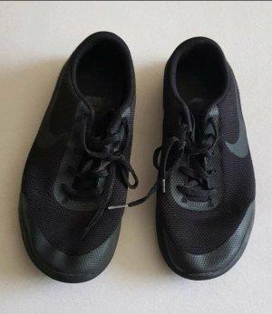 Nike Sneaker schwarz 40