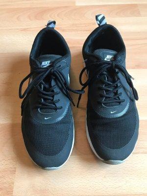 Nike Sneaker Thea Gr. 40.5