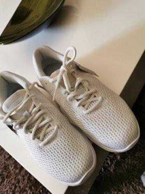 Nike Sneakers 42