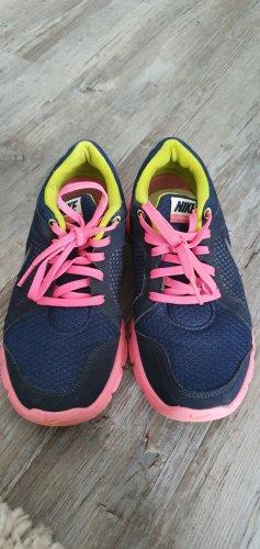 Nike Sneakers Gr. 38.5