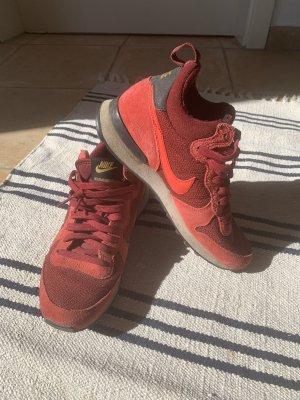Nike Sneakers met veters donkerrood