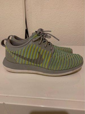 Nike Sneakers Laufschuhe