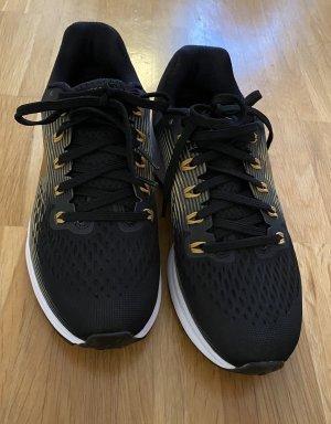 Nike Sneakers/Laufschuhe in schwarz/gold Gr. 38