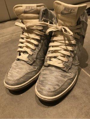 Nike Sneakes Wedges Gr 39 Keilabsatz Top