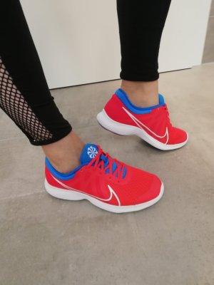 Nike Sommer Sneaker Textil leicht rot neu 38