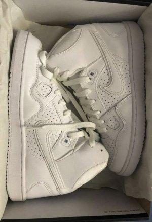 Nike Son of force Sneaker