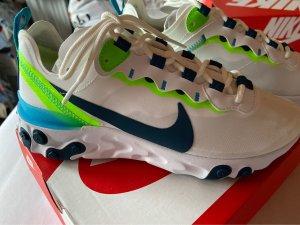 Nike Sport Schuhe Größe 39