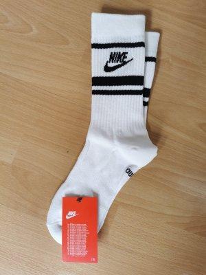Nike Sport Socken, neu, Größe 38-42