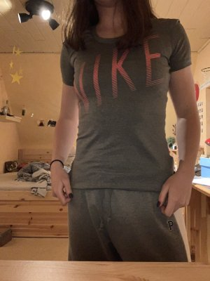 Nike Sport T-Shirt in M