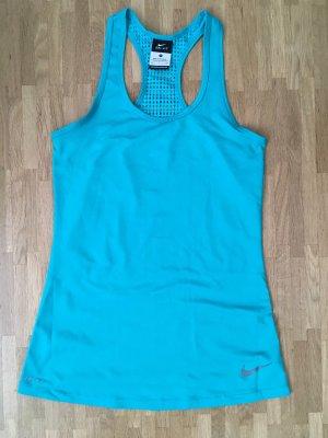 Nike Sport-Top in Türkis mit interessantem Lochmuster am Rücken