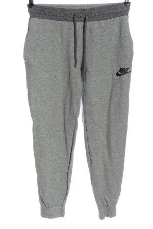 Nike Sporthose hellgrau meliert Casual-Look