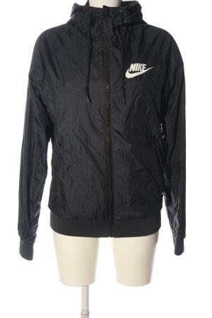 Nike Sportjacke schwarz Schriftzug gedruckt Casual-Look