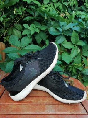 Nike - Sportschuh, Gr. 38