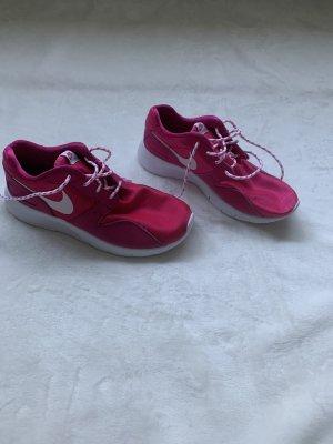 Nike Sportschuhe Gr. 38,5