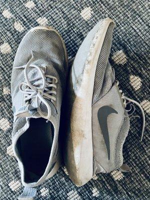 Nike, Sportschuhe, grau