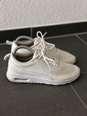 Nike Sportschuhe weiß Sneaker 37,5