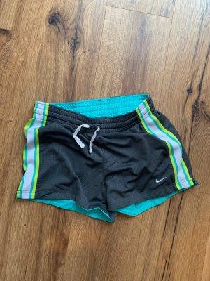 Nike Sportsshort zum wenden Sporthose