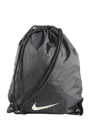 Nike Bolsa de gimnasio negro letras impresas look casual