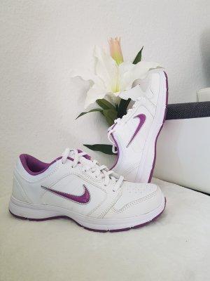 Nike steady ix in gr. 36 22.5 cm