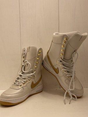 Nike Stiefel