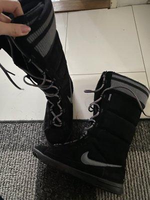 Nike Stiefel neu in 38