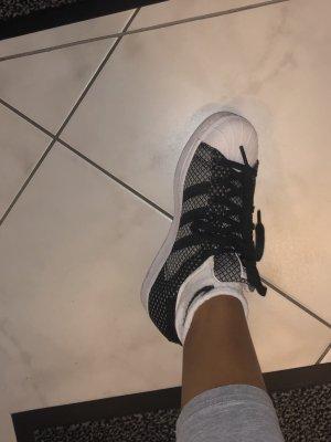 Nike Superstar Gr. 36, wie neu