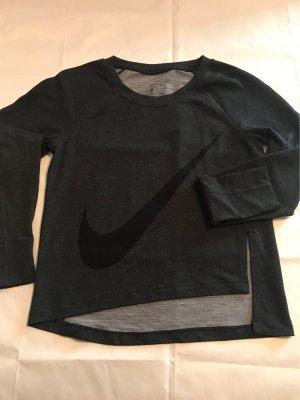 Nike Sweater Asymetrisch geschnitten mit Schlitz seitlich