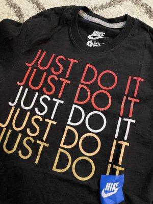 Nike Basic Shirt black