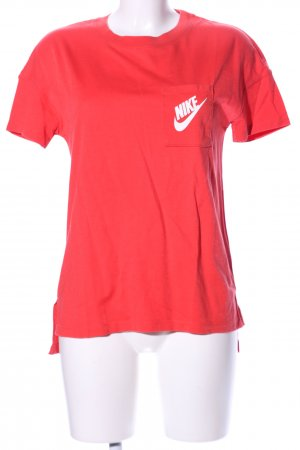 Nike T-Shirt rot-weiß Schriftzug gedruckt Casual-Look