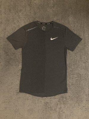 Nike T-Shirt Größe S