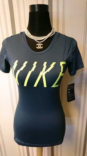 Nike T-Shirt Größe XS in grau