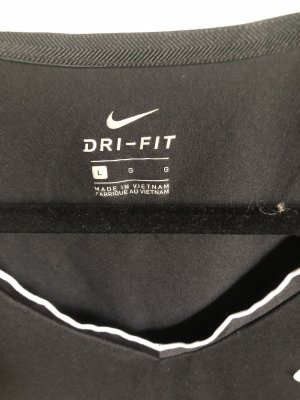 Nike T-shirt in Größe L