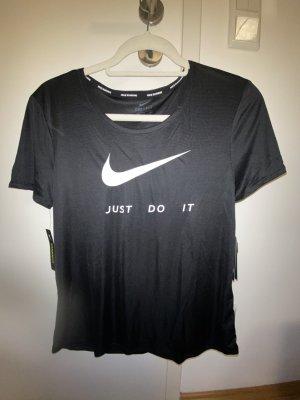 Nike T-Shirt *NEU* Gr.S&M