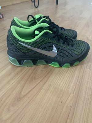 Nike Tailwind 6 unisex