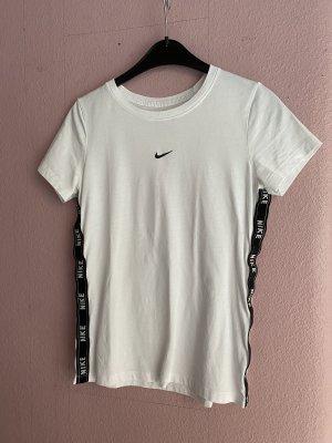 Nike Tape Tshirt