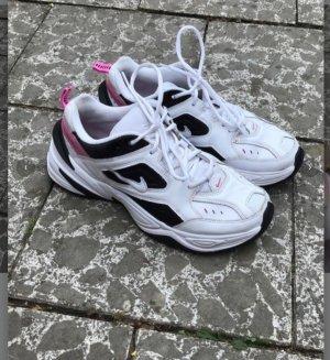 Nike Tekno in 40,5