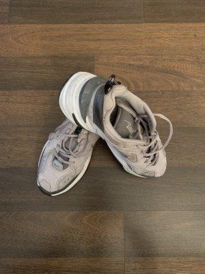 Nike tekno in grau gr.40