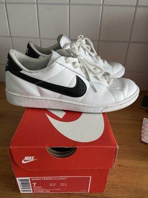 Nike Tennis 38