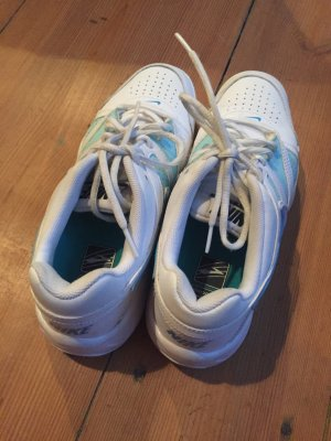 NIKE Tennisschuhe Indoor Weiss Gr. 40 Tennis Sneaker Schuhe