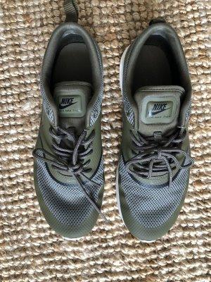 Nike Thea 41