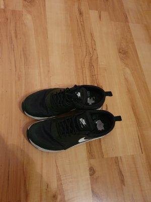 Nike Thea Airmax 40
