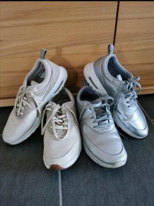 Nike Thea Gr. 39