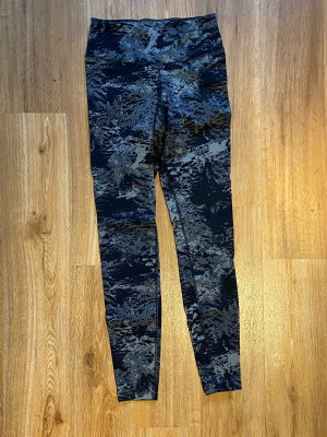 Nike tights in camouflage
