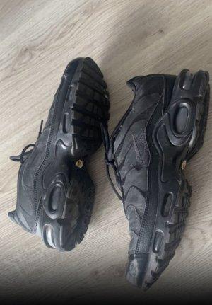 Nike TN's