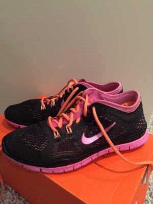 Nike Trainer Turnschuhe 40