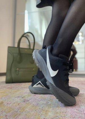 Nike trial Laufschuhe