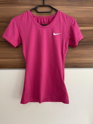 Nike Tshirt in Pink