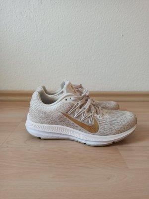 Nike Turnschuhe